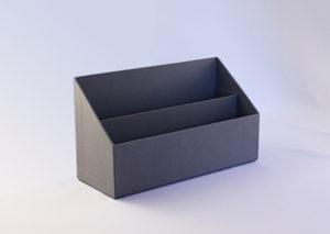 Bæredygtig brevbakke af genbrugspap