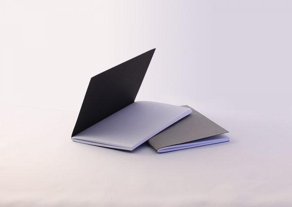 A6 notesbog i genbrugspapir med linnedoverflade - 2 stk.