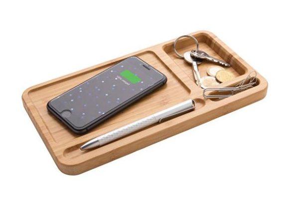 Wireless charger og organizer i bæredygtig bambus