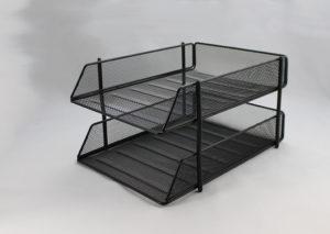 Brevbakke stabelbar - i sort stål