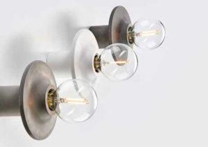 Design lampe til væg i bæredygtig beton