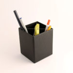 Bæredygtig penneholder i genbrugspap