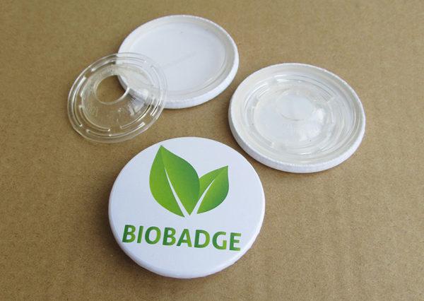 Bæredygtigt badge i bioplast