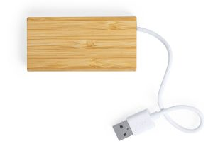 USB hub made from sustainable bamboo
