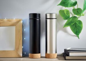 Luxury sustainable steel and cork thermos 450ml